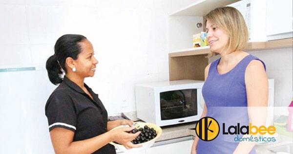 convivência com sua empregada doméstica