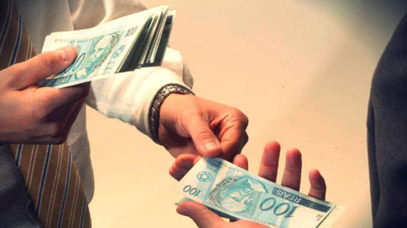 Salário mínimo será arredondado para R$ 790, diz relator