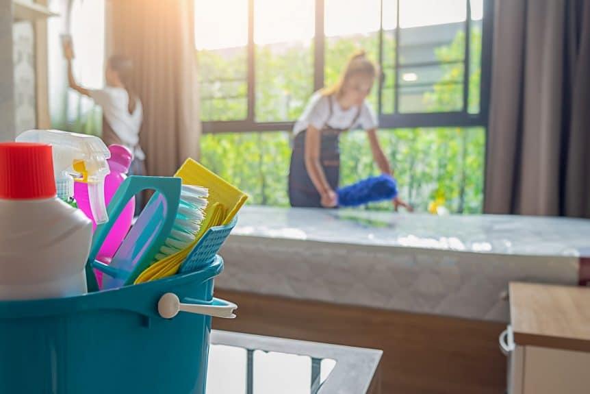 Ambiente harmonioso com a empregada doméstica