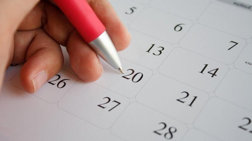 Feriados antecipados calendário